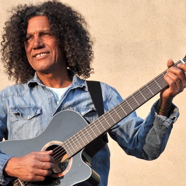 Eloisio Barbosa Pacheco en Live !