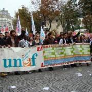 Maurine Perron, présidente de l'UNEF Angers, est dans le Pédalo.
